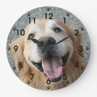 Smiling Golden Retriever Wall Clock