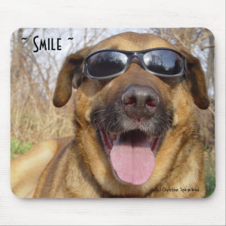 Smiling Labrador sunglasses Mousepad