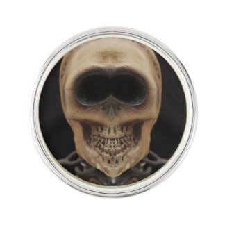 Smiling skull lapel pin