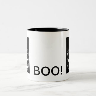 Smirking pumpkin Two-Tone coffee mug