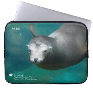 Smithsonian | Sea Lion Laptop Sleeve