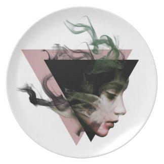 Smoke Illusion Plate