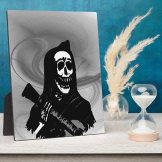 Smokey Guitar Skeleton Serenade Plaque