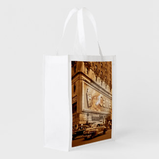 """""""Smoking"""" Commercial in New York City Market Tote"""