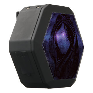 Smoldering gaze black bluetooth speaker