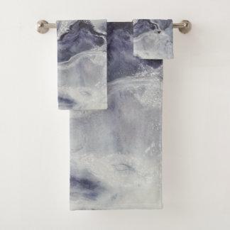 Smoulder Bath Towel Set