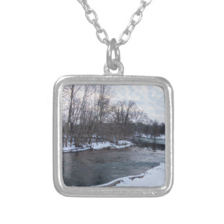 Snow Beauty James River Silver Plated Necklace