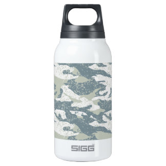 Snow disruptive camouflage insulated water bottle