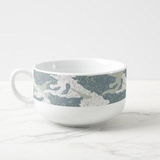 Snow disruptive camouflage soup mug