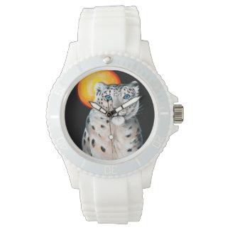 Snow Leopard Moon Watch