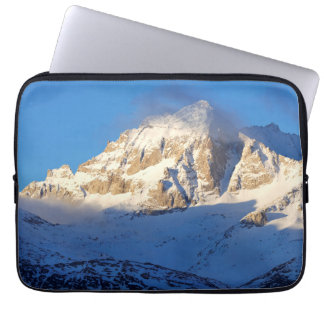 Snow on mountain, California Laptop Sleeve
