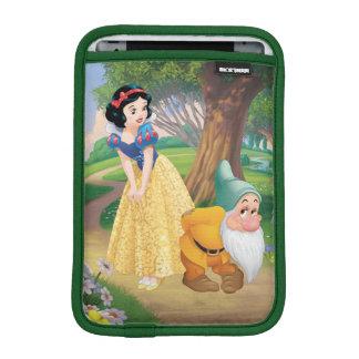 Snow White And Bashful iPad Mini Sleeve