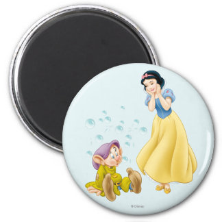 Snow White and Dopey Bubbles Magnet