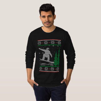 Snowboarding Christmas T-Shirt