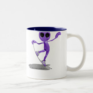 Snowboarding Purple Alien Mug