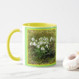 Snowdrops 02.2.3 (Schneegloeckchen) Mug