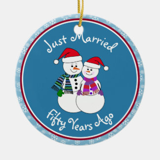Snowman Couple Anniversary Gifts 50th-Christmas Round Ceramic Ornament