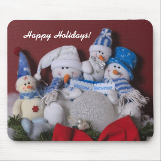 Snowman Family Christmas Wreath Mouse Pad