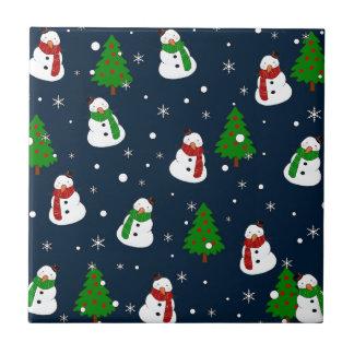 Snowman pattern tile