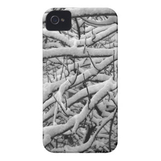 Snowy branches Case-Mate iPhone 4 case