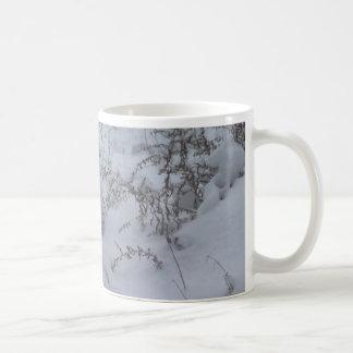 snowy bush mug