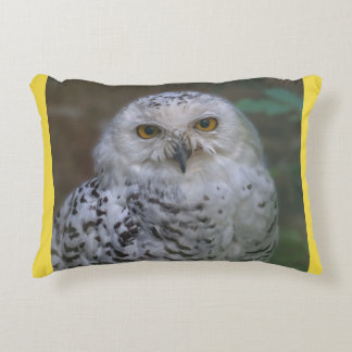 Snowy Owl Q, Schnee-Eule Accent Pillow