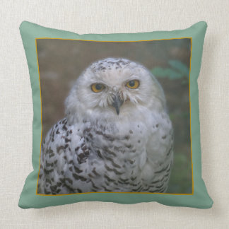 Snowy Owl R1, Schnee-Eule Throw Pillow