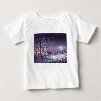 Snowy scene baby T-Shirt