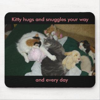 Snuggle mouse pad