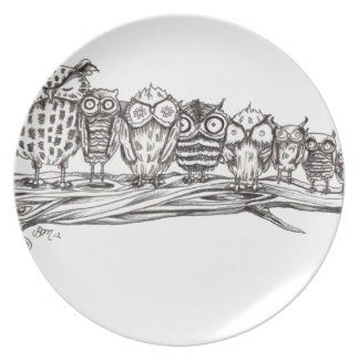 So Many Owls Party Plates