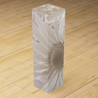 soft sepia daisy wine box