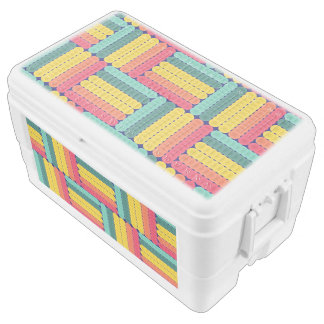 Soft spheres pattern chest cooler