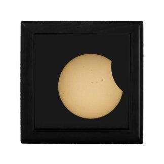 solar eclipse, sun, moon, science, phenomenon, pla gift box