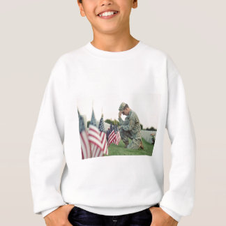 Soldier Visits Graves On Memorial Day Sweatshirt