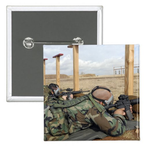 Soldiers sight M-4 rifles down range Pinback Buttons