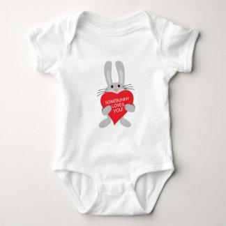 somebunny loves you! baby bodysuit