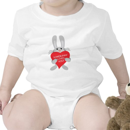 somebunny loves you! tee shirt