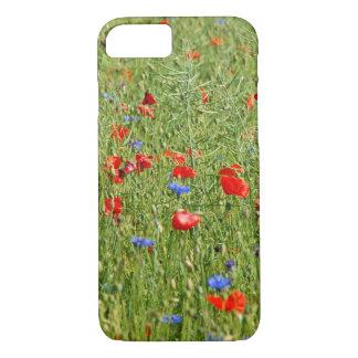 Sommerfeld mit roten und blauen Blumen iPhone 8/7 Case