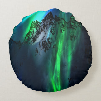 Song of the Mountains Round Pillow