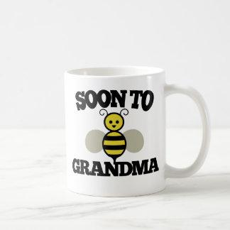 Soon to BEE Grandma Coffee Mug