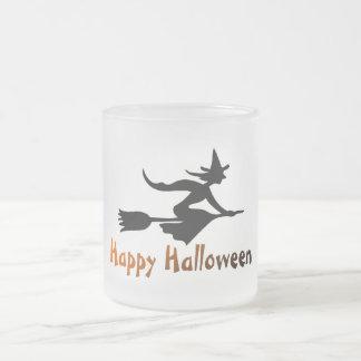 Sorcière heureuse de Halloween Tasse