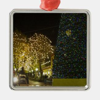 Sorrento Metal Ornament