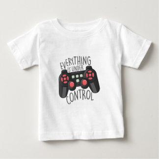 Sous le contrôle t-shirt pour bébé