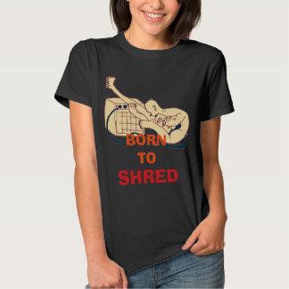 Soutenu pour déchiqueter tee-shirts