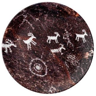 SOUTHWESTERN PETROGLYPH INDIAN ART ROCK PAINTING PLATE