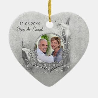 Souvenir argenté de photo de calla d'anniversaire ornement cœur en céramique