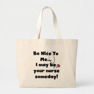 Soyez Nice les T-shirts et les cadeaux d'infirmièr Sacs