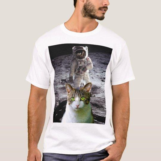 SPACE CAT t-shirts, Moon-Landing T-Shirt