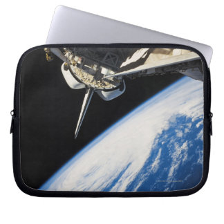 Space Shuttle 6 Laptop Sleeve