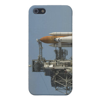 Space Shuttle Discovery sits ready 2 iPhone 5 Cases
